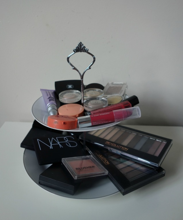 makeup storage 2