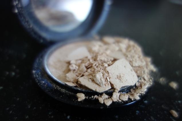 How to fix a broken powder