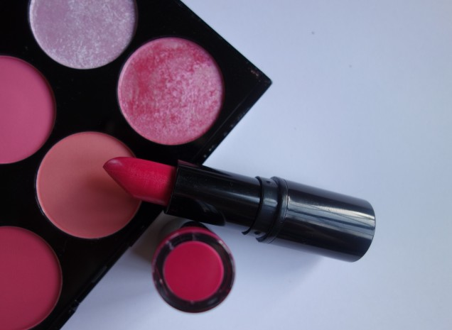 Makeup revolution Lipstick (2)