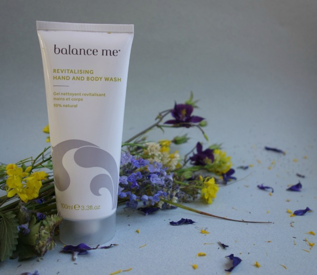 balance me revitalising hand an body wash