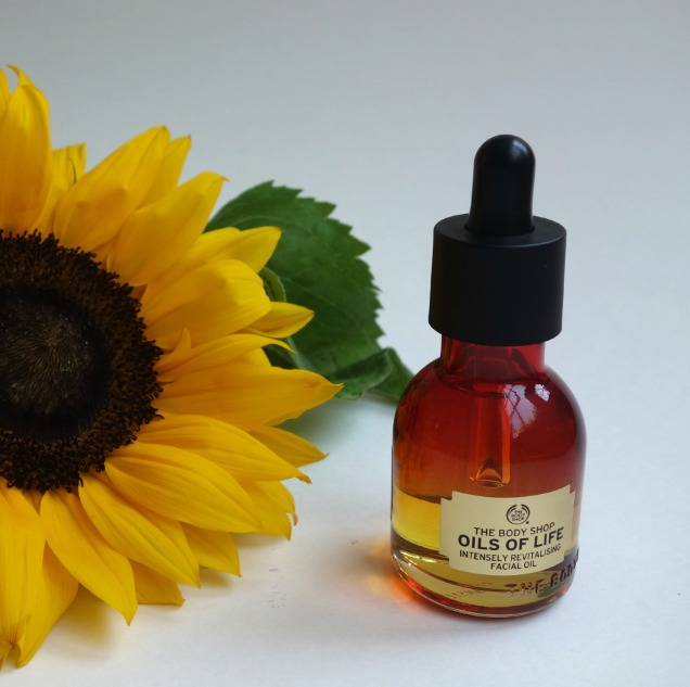 body shop oils of life intensely revitalising facial oil