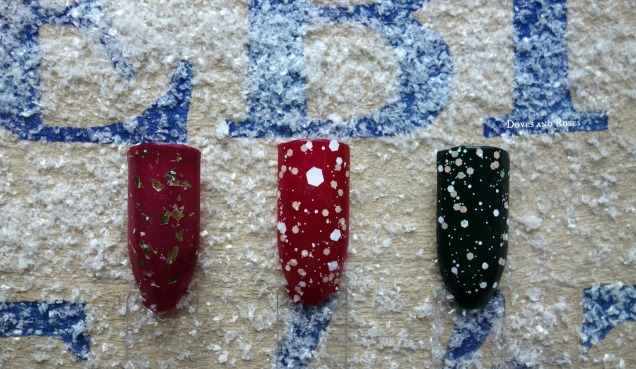 Christmas nails berry red green topcoat gold white snow