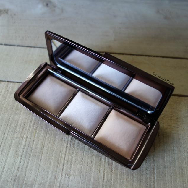 Hourglass Ambient Lighting Palette Dim Light Incandescent Light Radiant LIght