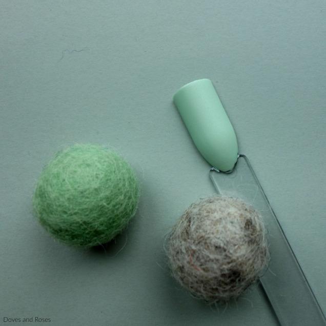 Kiko Milano Velvet Satin Nail Lacquer 694 Mint green honeydew melon