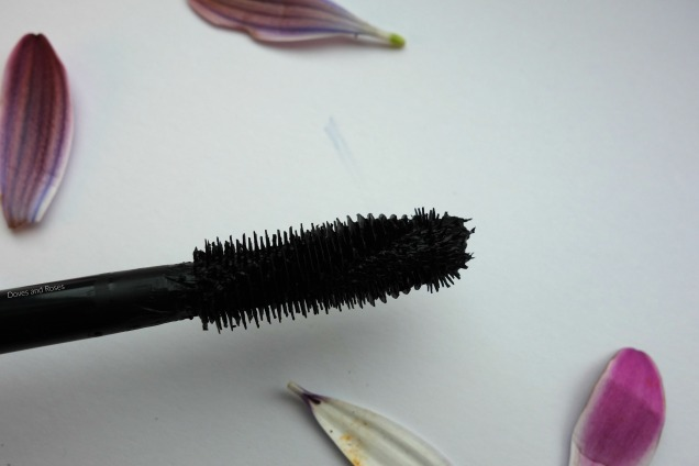 max factor voluptuous false lash mascara